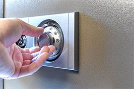 opening combination safe
